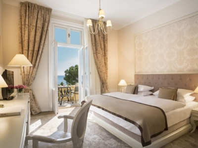 Opatija Hotel Kvarner superior twin room