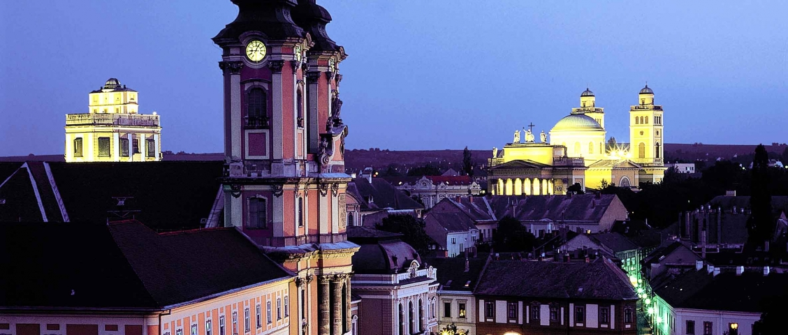 Eger Panorama Abend